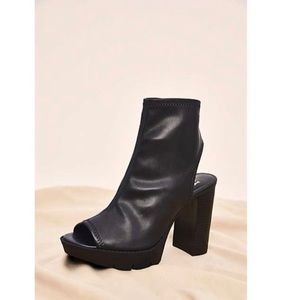 New Block Heeled Faux Leather Boots
